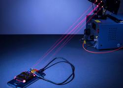 Lazer smartfonları enerji ilə dolduracaq