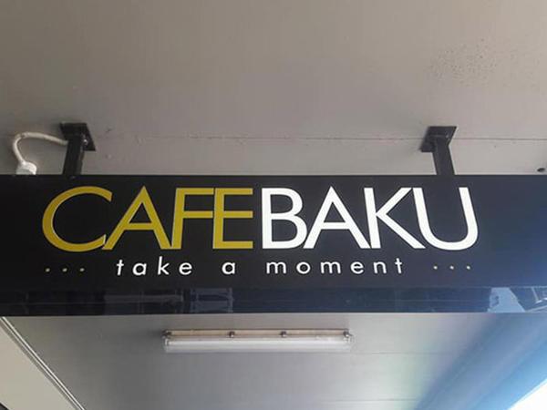 """Bakıya sevgisindən ölkəsində """"Cafe Baku"""" açdı - FOTO"""