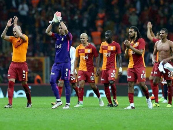 """UEFA-dan """"Qalatasaray""""a təklif: """"Daha 1 il avrokubokdan kənarda qalın"""""""