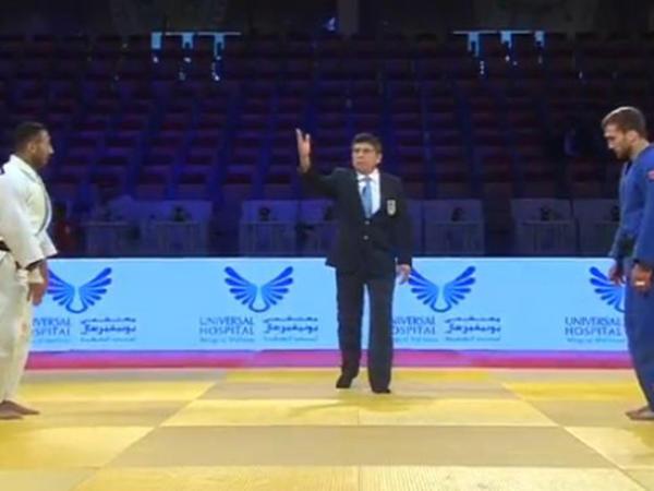 Rüstəm Orucov gümüş medal qazandı