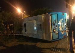 """Türkiyədə hərbçiləri daşıyan avtobus aşdı - <span class=""""color_red"""">Yaralılar var</span>"""
