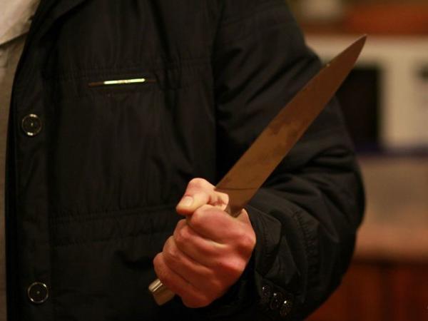 Balakəndə bıçaqlanma olub