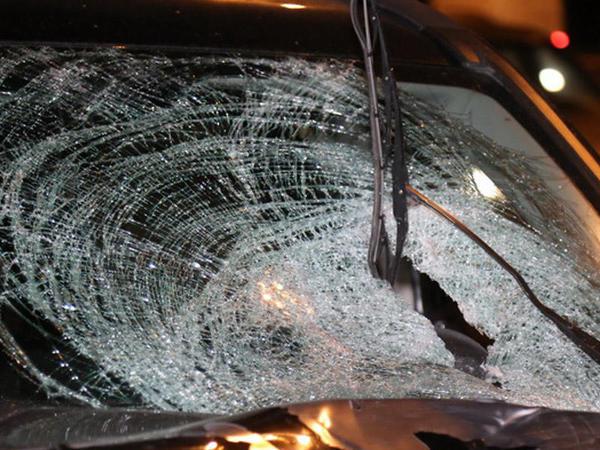 """Rusiyada 3 avtomobil toqquşdu - <span class=""""color_red"""">5 nəfər öldü</span>"""