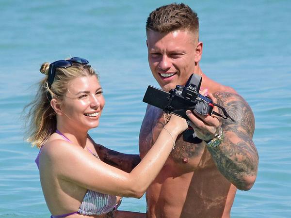 Sevgilisi ilə Barbadosda əyləndi - FOTO