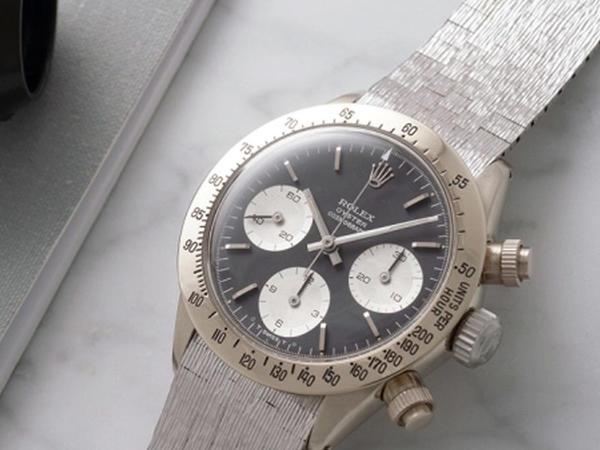 2,5 milyon dollara saat satılır - FOTO