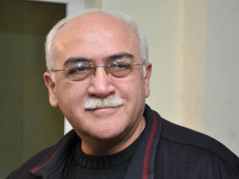Türkiyədə müalicə olunan İsa Qəmbər Bakıya qayıtdı