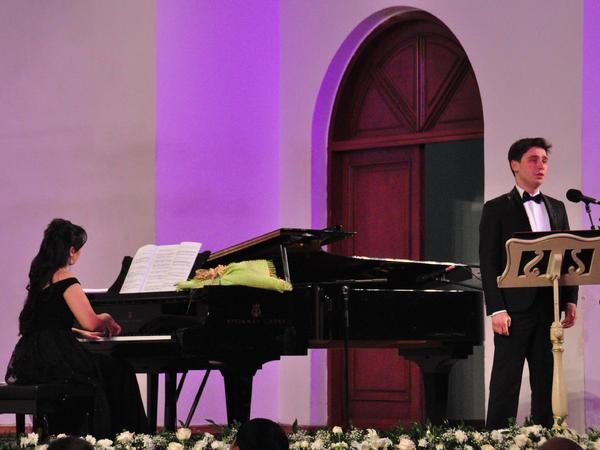 """""""Ədəbi üfüqlər""""in qaliblərinin sözlərinə yazılmış mahnılardan ibarət konsert keçirildi"""