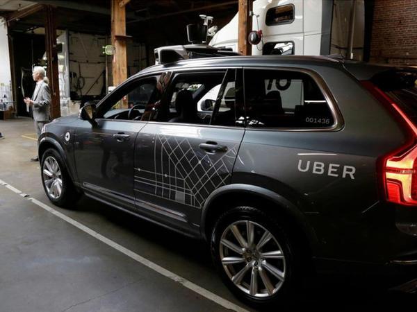 """""""Uber""""in pilotsuz maşını ABŞ-da piyadanı vuraraq öldürüb - VİDEO"""