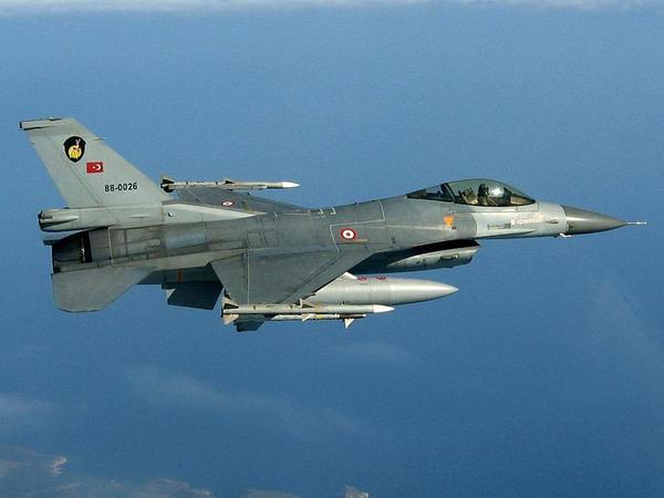Türkiyə HHQ 12 PKK terrorçusunu məhv edib