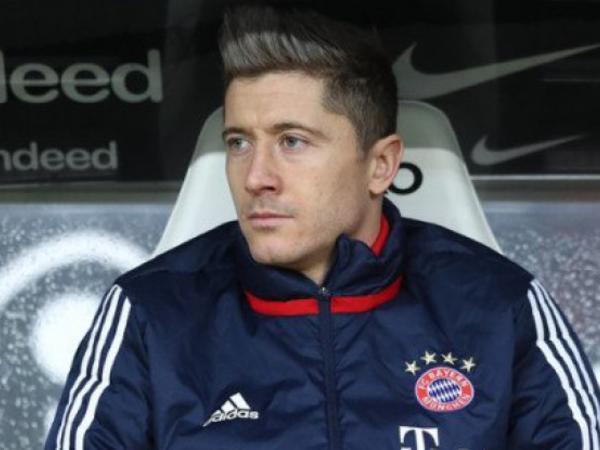Zidan Levandovskinin transferinə razılıq verdi