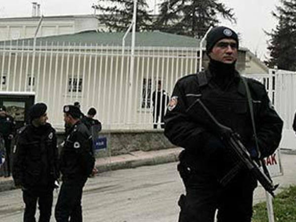 İstanbulda İŞİD-in 14 üzvü saxlanıldı