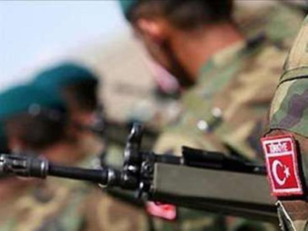 Türkiyədə PKK terrorçuları ilə atışmada 1 əsgər şəhid olub, 2-si yaralanıb