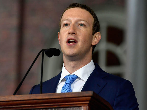 Zuckerberg menecerlərə iPhone'dan istifadəni qadağan edibmiş