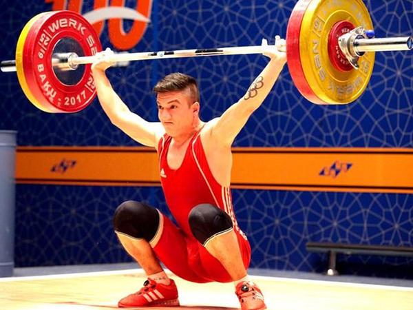 Allahyar Abışov agır atletika üzrə Azərbaycan çempionu olub
