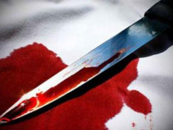 Bakıda 27 yaşlı gənc anasının qəbri üstündə intihar etdi