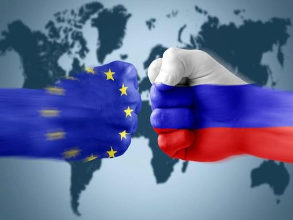 Aİ Krımın Rusiya tərəfindən ilhaqına görə tətbiq etdiyi sanksiyaların müddətini uzatdı