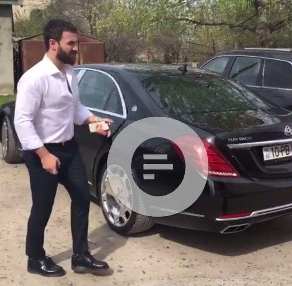 Zamiq yarım milyona avtomobil aldı - FOTO