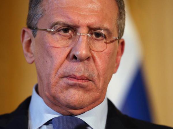 """Qəzəbli Lavrov Britaniyanın müdafiə nazirini """"müharibə naziri"""" adlandırdı"""