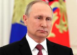 Putin Ermənistan prezidenti ilə ölkədəki vəziyyəti müzakirə edib