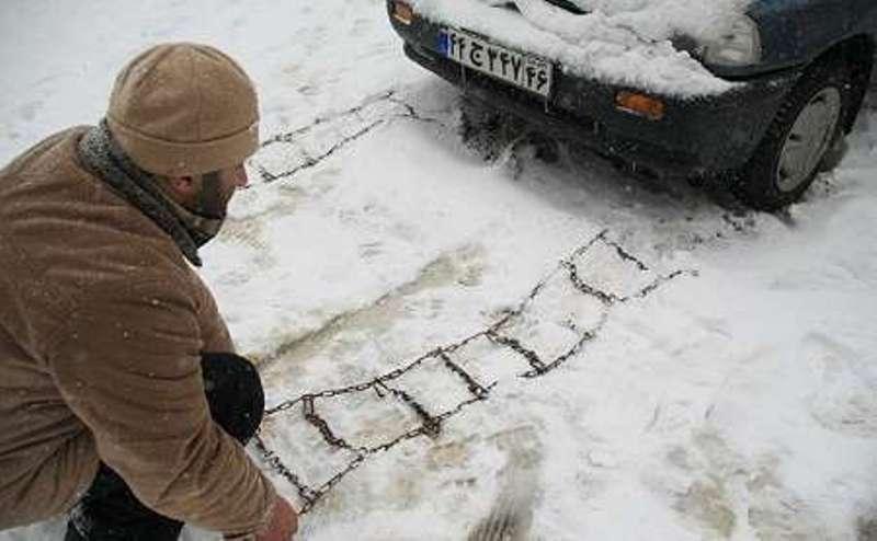 Qonşu ölkəyə 30 santimetr qar yağdı, yollar buz bağladı - FOTO
