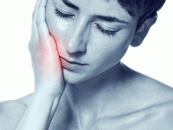 Mütəxəssislər diş ağrısına daha yaxşı təsir edən dərmanları açıqlayıb