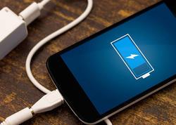 """Smartfonlarımızın enerjisinə mənfi təsir göstərən <span class=""""color_red"""">6 səbəb</span>"""