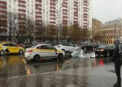 """Moskvada qasırğa: <span class=""""color_red"""">2 nəfər həlak olub, 17 nəfər yaralanıb - FOTO</span>"""