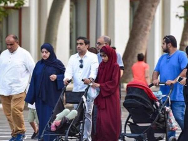 Hindistanlılar və iranlılar toy etmək üçün Azərbaycanı seçir - VİDEO