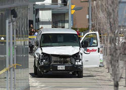 """Torontoda 10 nəfəri öldürən sürücü Ermənistan vətəndaşı olub - <span class=""""color_red"""">- YENİLƏNİB - VİDEO - FOTO</span>"""