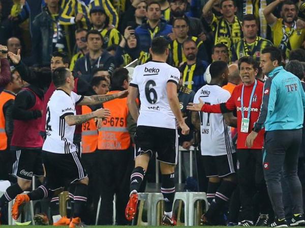 """""""Fənərbağça"""" - """"Beşiktaş"""" matçı ilə bağlı qərar verildi"""