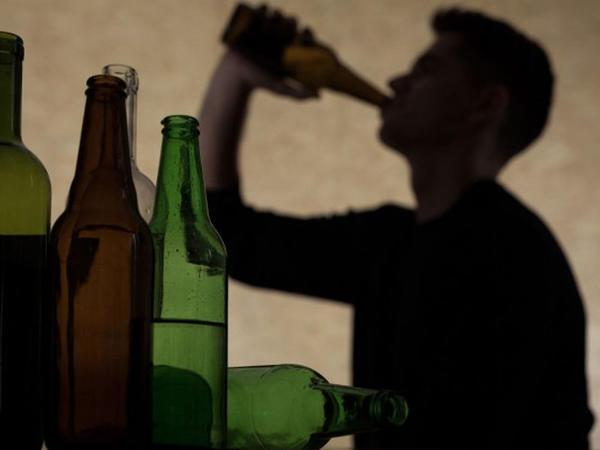 Alkoqol aludəçisinin 40 yaşına çatdıqda fiziki durumu necə olur?