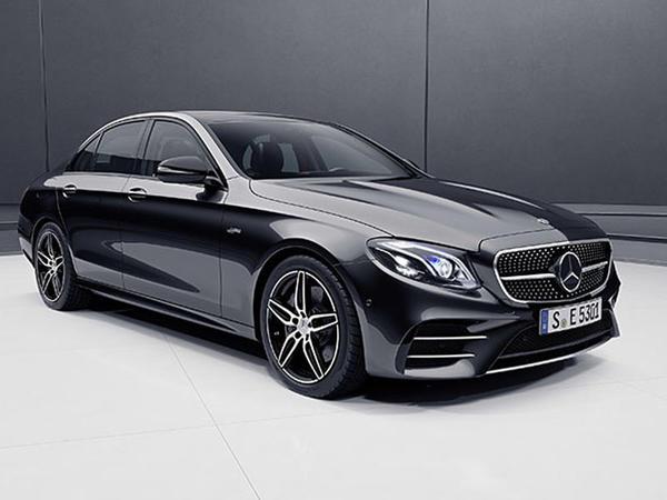 Mercedes E-Class sedan və universalı yeniləyib - FOTO