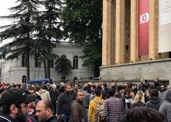 Tbilisidə etiraz aksiyasında baş nazirin istefası tələb edilir