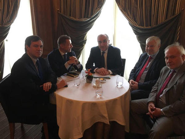 Elmar Məmmədyarovun Parisdə ATƏT-in Minsk qrupu həmsədrləri ilə görüşü başladı
