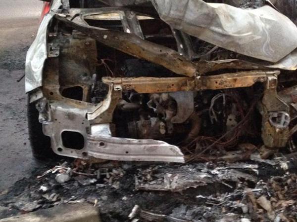 Masazırda minik avtomobili yandı