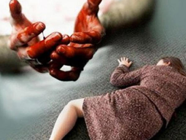 Türkiyədə dəhşət: Ana uşaqlarının boğazını kəsdi