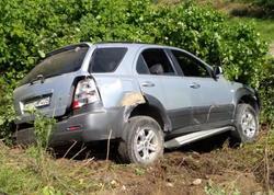 "Avtomobil traktorla toqquşdu, <span class=""color_red"">2 yaralı var - FOTO</span>"
