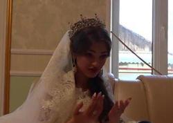 """16 yaşlı qaraçı qız evləndi - <span class=""""color_red"""">Keçirilən toy hər kəsi ŞOK etdi - VİDEO</span>"""