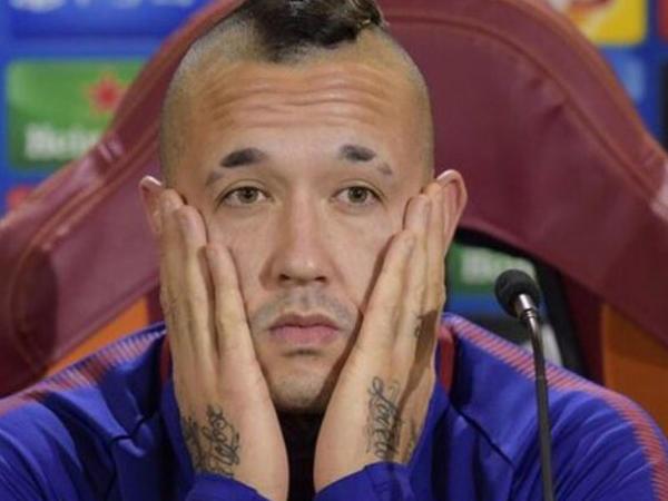 """""""Roma""""nın futbolçusu mundiala aparılmadı, <span class=""""color_red"""">karyerasını başa vurdu</span>"""