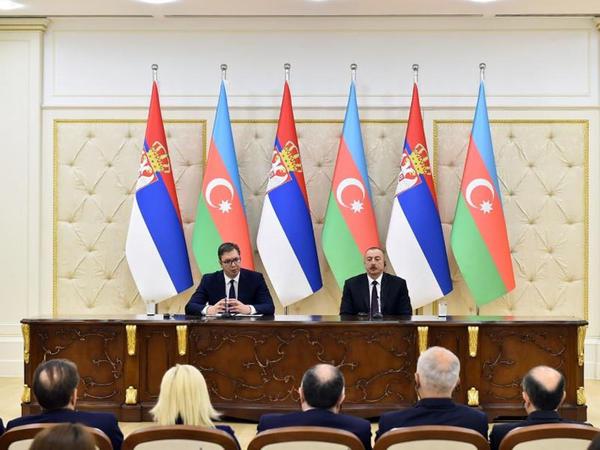 """Prezident İlham Əliyev: """"Biz Serbiyanı Bakı-Tbilisi-Qars dəmir yolunun fəal iştirakçısı kimi görürük"""""""