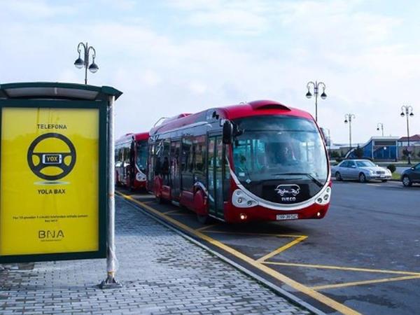 Bakıda avtobus sürücüsü 25 qəpiyə görə döyüldü – VİDEO