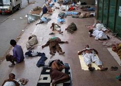 Ramazanda 65 nəfər istidən öldü - FOTO