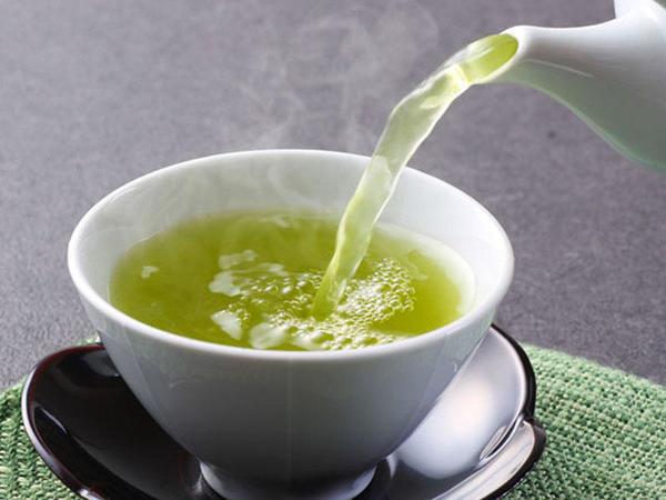 Yaşıl çaydan xərçəngə qarşı effektiv dərman hazırlandı