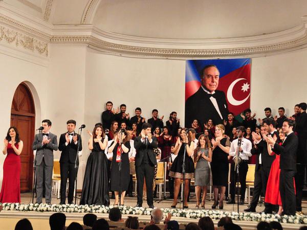 Azərbaycan Xalq Cümhuriyyətinin 100 illiyi münasibətilə konsert keçirilib
