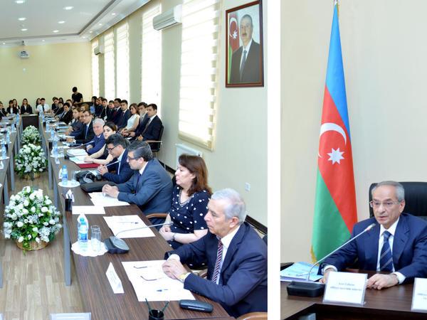 Ədliyyə Akademiyasında Azərbaycan Xalq Cümhuriyyətinin 100 illiyinə həsr olunmuş konfrans keçirilib