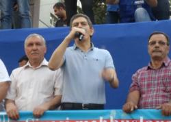 """Əli Kərimli ətrafındakıların """"başını yeyir"""" - VİDEO"""