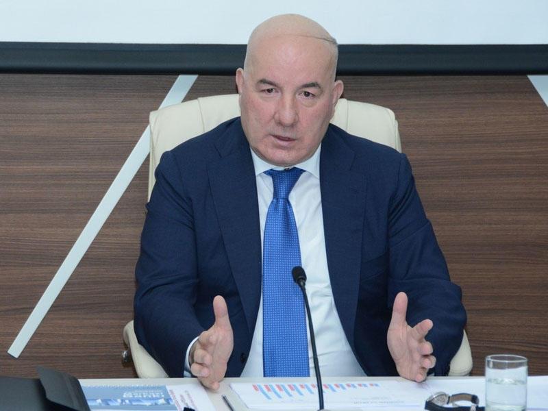 Elman Rüstəmov Mərkəzi Bankın İdarə Heyətinin üzvü təyin edildi