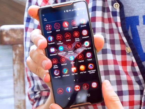 """Dünyanın ən güclü smartfonu - <span class=""""color_red"""">ASUS ROG Phone</span>"""