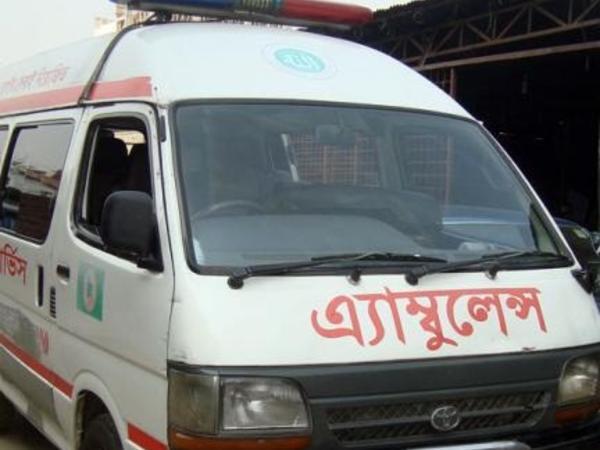 Banqladeşdə avtobus yük maşını ilə toqquşub, çox sayda ölən və yaralanan var