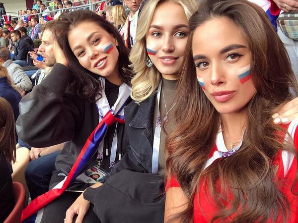 """Moskvadan rus qızların turistlərlə yatmasına reaksiya: """"İstədiklərini etsinlər"""""""